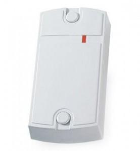 Установка считывателя-контроллера на домофон