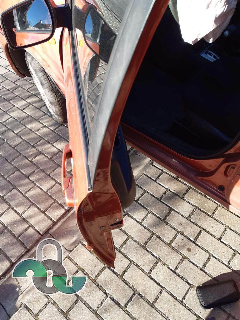 Вскрытие автомобилей Ваз (Lada) Белгород
