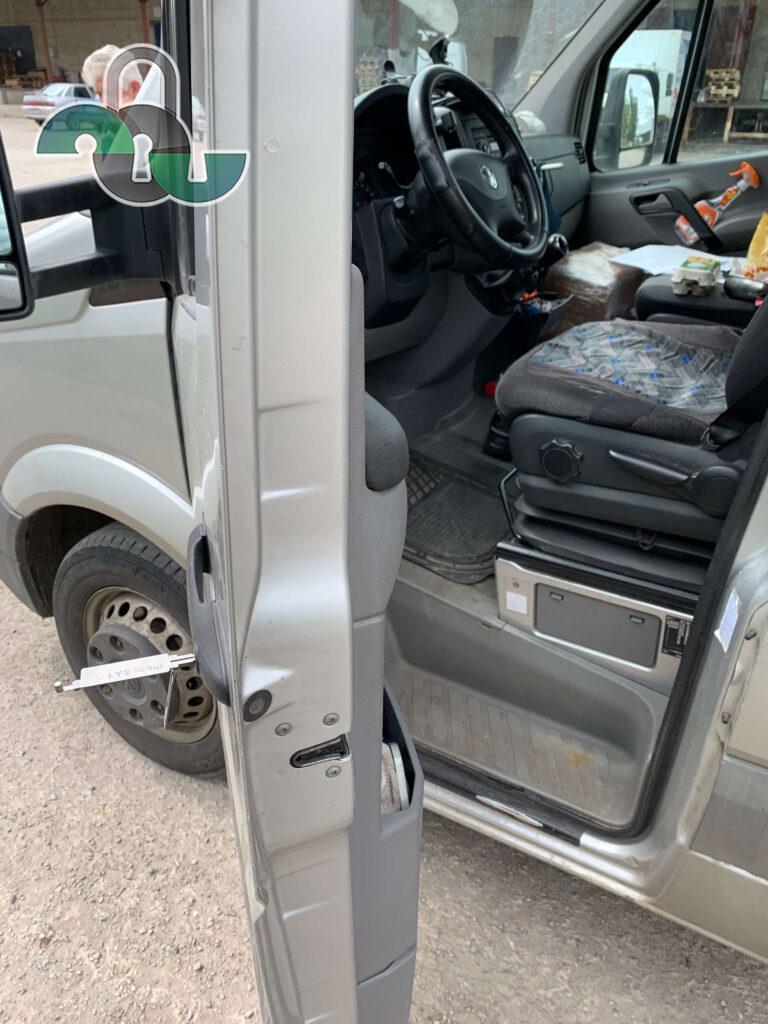 Открыть автомобиль Фольксваген (Volkswagen) Белгород